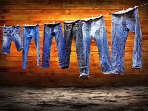 Как правильно ухаживать за джинсами!