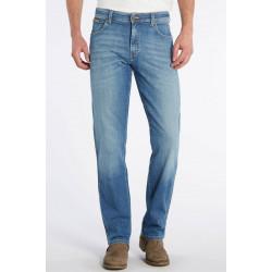 Мужские джинсы Wrangler Texas,  цвет Worn Broke